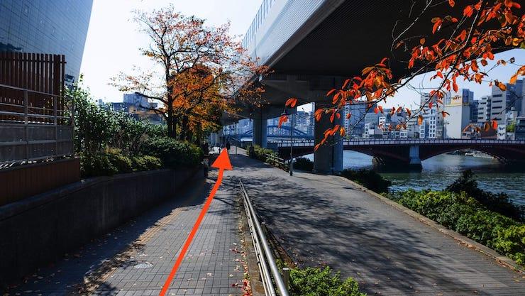 吾妻橋東詰交差点付近