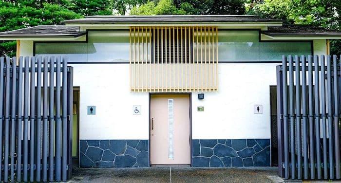 千鳥ヶ淵緑道トイレ