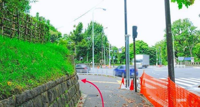 権田原交差点