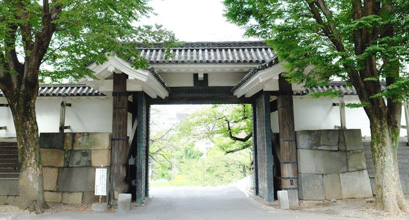 7.8kmの皇居ラン アレンジランニングコースガイド 田安門外門